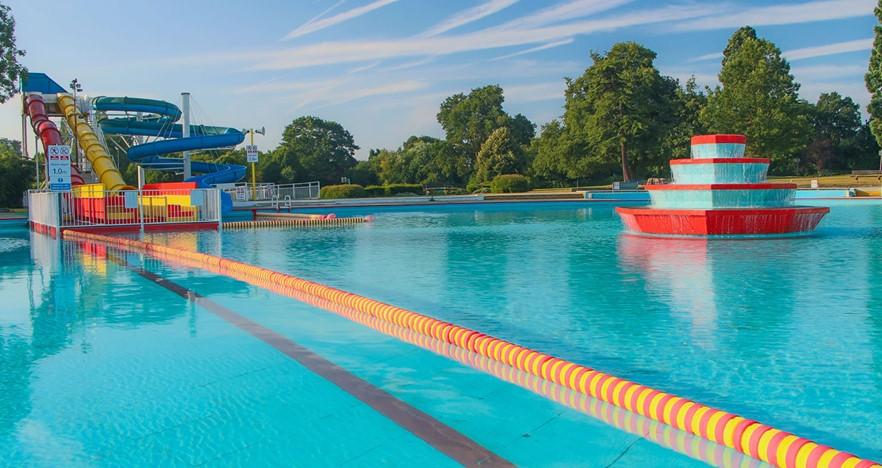 Swimming aldershot pools and lido places leisure for Aldershot swimming pool burlington